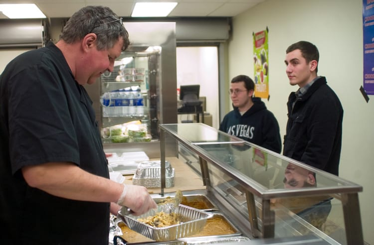 Voorheesville opts back in to federal lunch program
