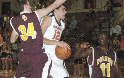 Boys basketball: Eagles win in the paint