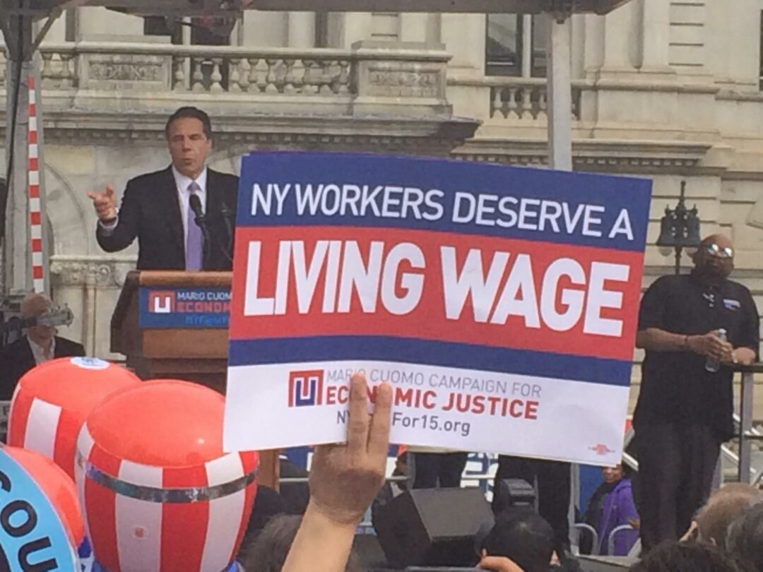 """Lifting up from the bottom: Discussion over """"living wage"""" and how current limits don't cut it"""