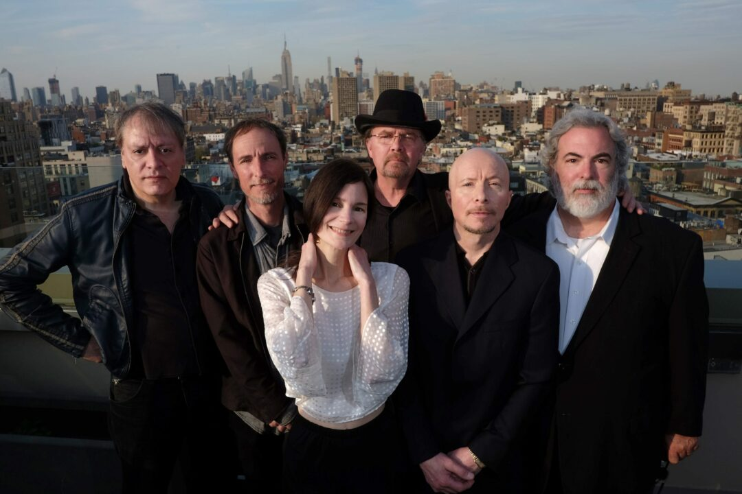 10,000 Maniacs celebrate 35 years, and is still having fun