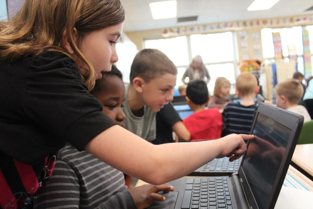 No Child Left Offline   BCSD chief tech officer outlines plan to provide laptop to every student in grades 3-12