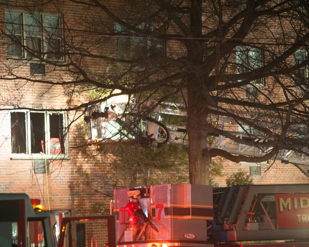 Fire at Towne Towers apartment building; three injured