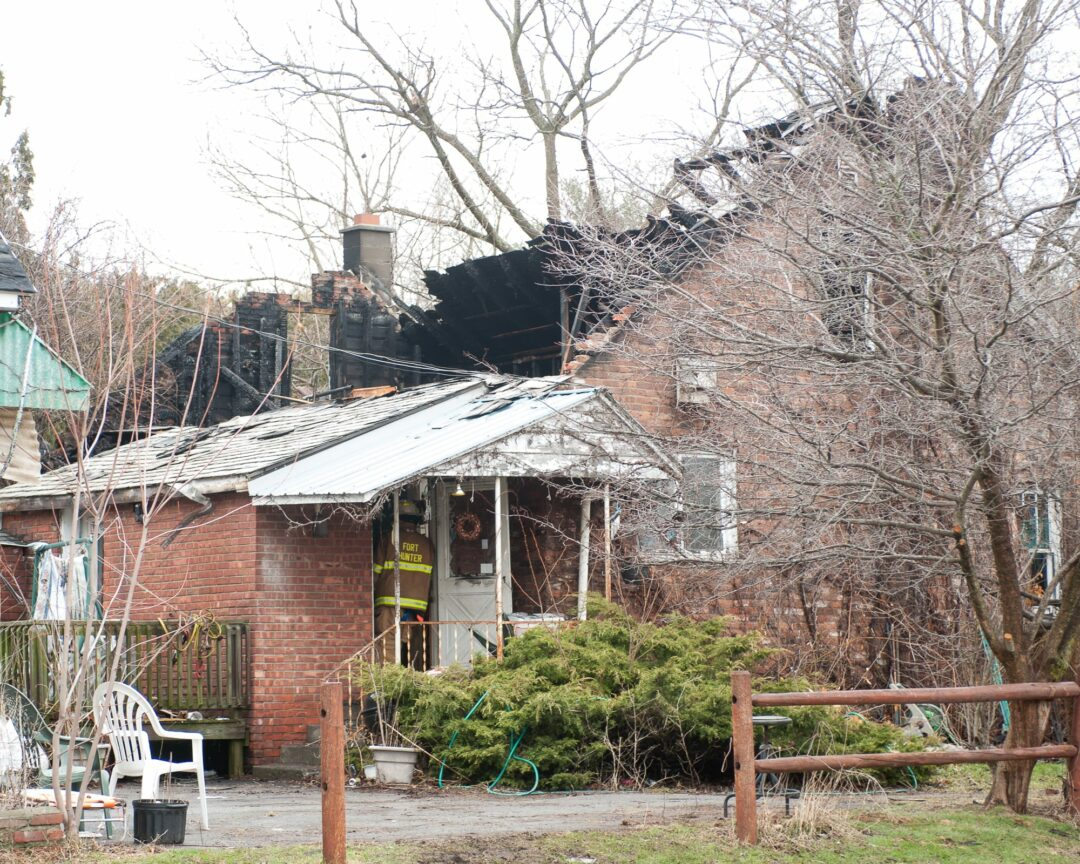 No injures in Guilderland blaze; cats may have perished