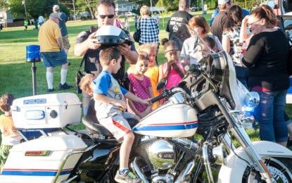 Colonie Police host a picnic w/photo gallery