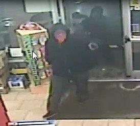 Colonie Mobil station robbed at gunpoint