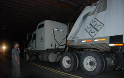 Tractor Trailer crashes into Slingerlands bridge