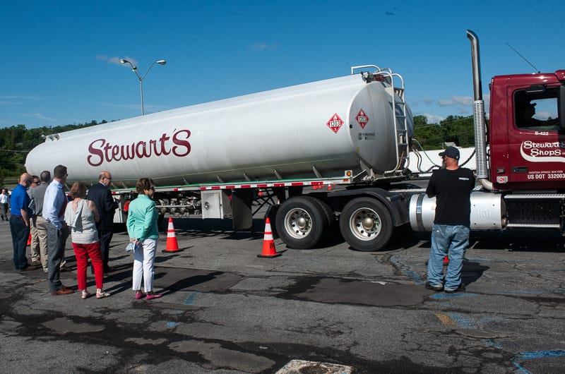 Truck easily navigates simulated Fuller Road Stewart's Shop parking lot (w/video)