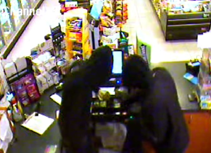 Mobil gas station robbed in Colonie