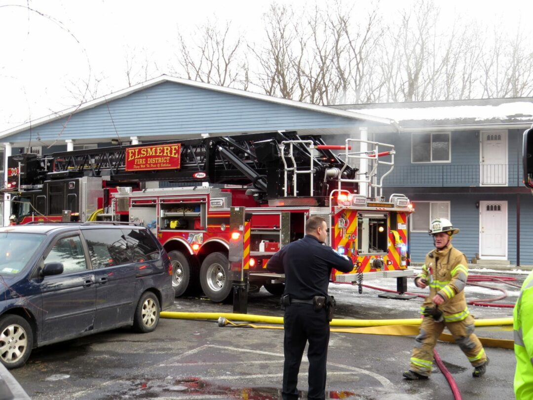 Glenmont apartment fire extinguished