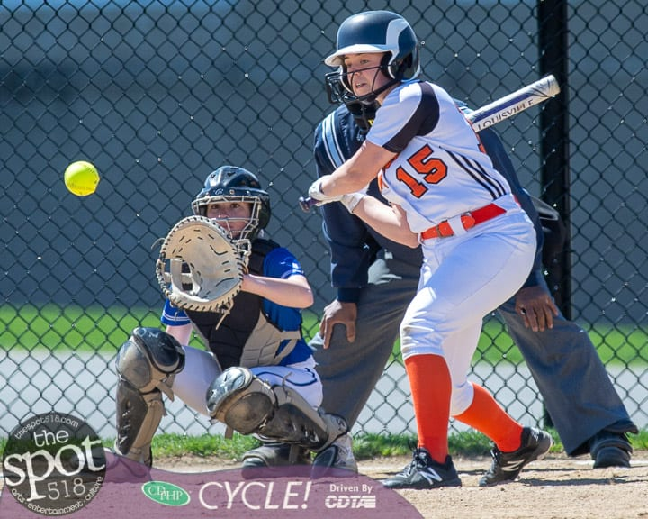 beth-shaker softball-2269