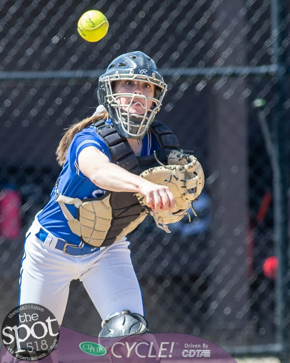 beth-shaker softball-2768