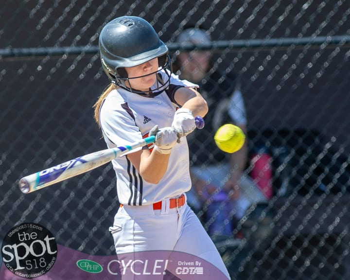 beth-shaker softball-2775