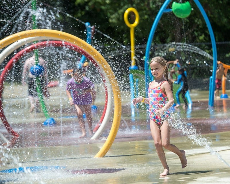 Colonie will keep splash pad, small pool open an extra week