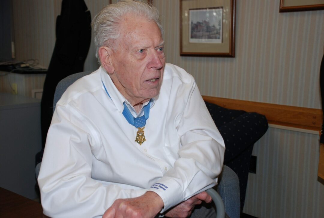 Francis Currey, local WWII veteran and Medal of Honor recipient, dies at 94