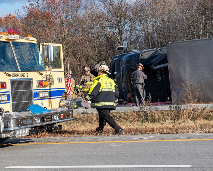 Tractor trailer overturns on Northway