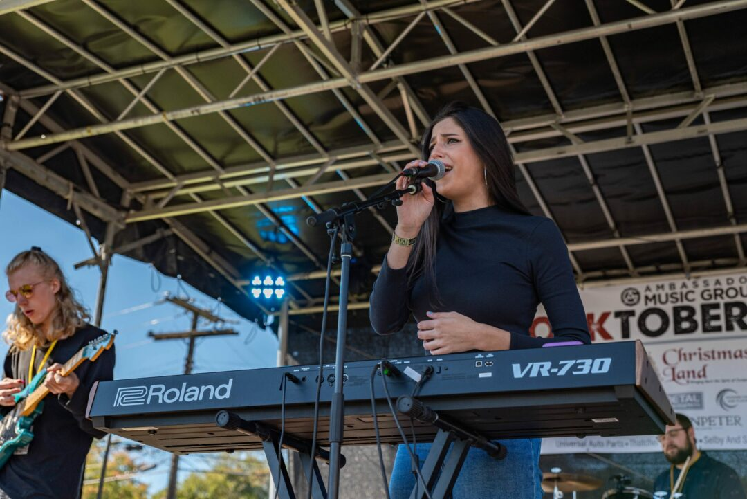 Saint Rose student to appear on American Idol on Sunday