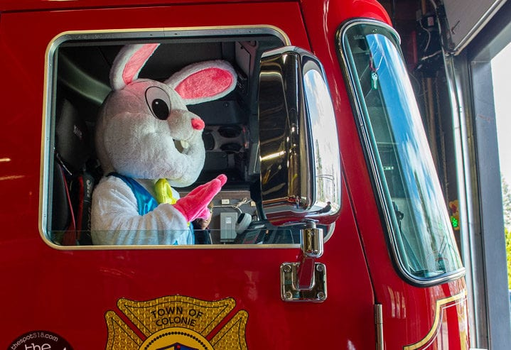SPOTTED: Midway Fire Department brings the Easter Bunny to the neighborhood