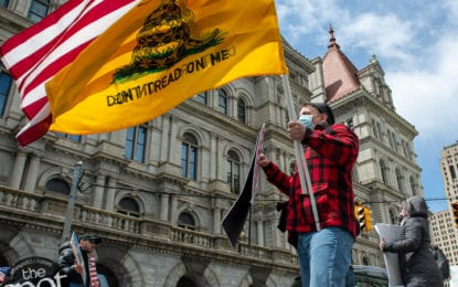 Hundreds in Albany to protest shutdown (w/photo gallery)
