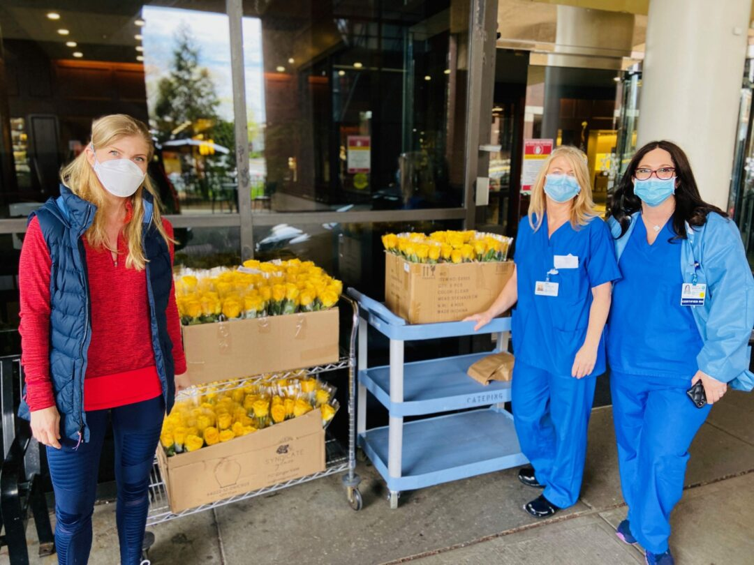 Former nurse delivers over 3,000 roses to COVID-19 patients across three states (w/photos)
